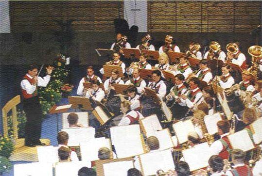 Die BK Latsch bei ihrem Jubiläumskonzert